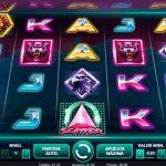 Conoce mejor Neon Staxx, la nueva slot deluxe de YoBingo